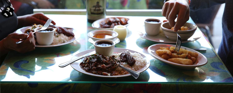 el rincon restaurant table