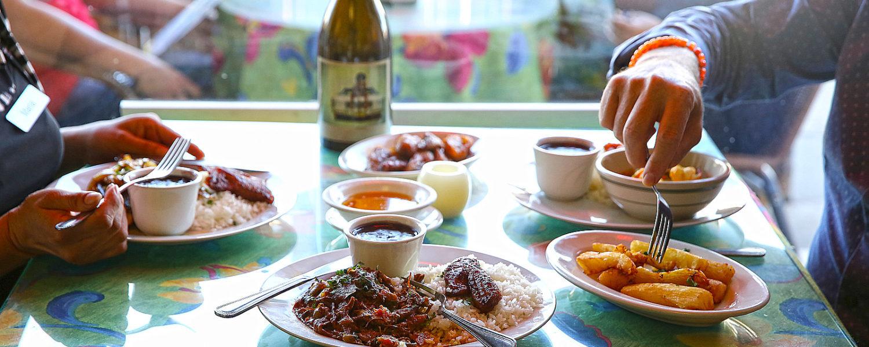 el-rincon-restaurant-table